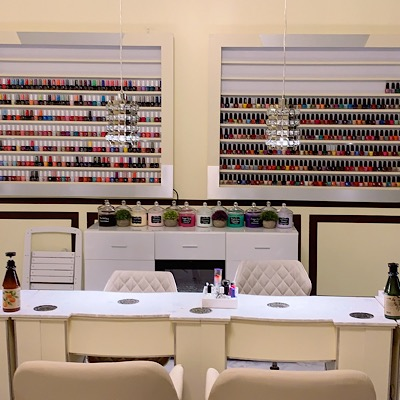 CROWN NAIL SALON